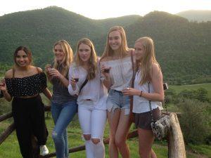 Oeioke on wine tour
